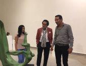 """فاروق حسنى: صالون النحت مميز.. والفنانات """"مفاجأة"""""""