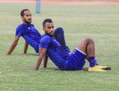 حسام عاشور يغادر مران الأهلى مصاباً