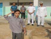 قيادات الداخلية يرافقون أبناء الشهداء فى الذهاب للمدارس أول أسبوع