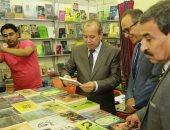 محافظ كفر الشيخ يتابع فعاليات المعرض الثانى للكتاب ويدعو لزيارته