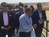 صور.. رئيس الوزراء يتفقد محطة مياه الشرب بمدينة سوهاج الجديدة