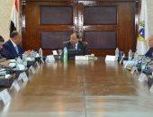 وزير التنمية المحلية يجتمع بمحافظ القاهرة لتنقيذ خطة منظومة النظافة