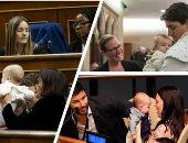 """أطفال X البرلمانات.. الأمومة تتخطى السياسة.. سياسيات كسرن قواعد البروتوكول واصطحبن مواليدهن للعمل.. رئيس وزراء نيوزيلندا تظهر مع رضيعتها بالأمم المتحدة.. و""""لاريسا"""" أول نائبة ترضع طفلها بالبرلمان الأسترالى.. صور"""