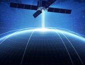 """""""سبيس إكس"""" تطلق 60 قمرا صناعيا للاتصالات"""