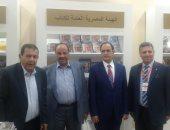محافظ البنك المركزى الأردنى ونائب رئيس الوزراء الأسبق يزوران جناح مصر بـ عمان