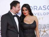 أحمد الفيشاوى يحذر جمهوره من الحسابات المزيفة لزوجته