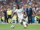 فينيسيوس يقرر تغيير رقم قميصه مع ريال مدريد