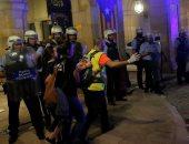 اشتباكات بين الشرطة الكتالونية وانفصاليين فى برشلونة