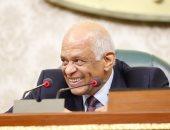"""صور.. رئيس البرلمان ممازحا القصبى: """"من غير نقاش.. أنت المسئول عن الأعضاء"""""""