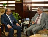 وزير التنمية المحلية ومستشار زراعة الإمارات يبحثان إقامة مهرجان التمور بسيوة