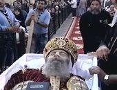 فى ذكراه الأولى.. من هو الأنبا بيشوى رجل البابا شنودة الحديدى؟