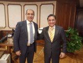 النائب عبدالرحيم على يلتقى وزير الطيران المدنى ويشيد بخطة تطوير المطارات