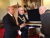 """حاكم ولاية """"نيو ساوث ويلز"""" يستقبل القنصل العام المصرى فى سيدنى"""
