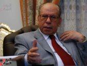 صلاح فضل مناشدا الرئيس السيسى: يجب حل حزب النور السلفى ومحاكمة قيادته