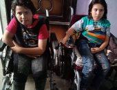 حازم ومازن شقيقان مصابان بالضمور الشوكى والأم تناشد أهل الخير والصحة علاجهما