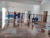 صور.. تطوع طلاب لنظافة كلية الزراعة بجامعة أسوان