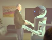 شاهد.. روبوتات تساعد  كبار السن فى حياتهم اليومية بألمانيا