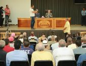 محافظ كفر الشيخ يناقش شكاوى المواطنين فى اللقاء الأسبوعى