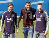 باولينيو يزور مران برشلونة لأول مرة بعد الرحيل إلى الصين