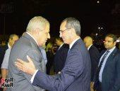 """""""محلب"""" ووزيرا الاتصالات والتموين يشاركون فى عزاء رجل الأعمال عمرو علوبة"""