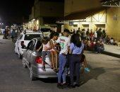 """صور.. """"قافلة مهاجرين"""" من هندوراس تنتظر ركوب الحافلات لدخول أمريكا"""