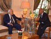 أبو الغيط يناقش مع غسان سلامة سبل حلحلة الأزمة الليبية واستكمال المسار السياسى