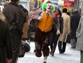 """شاهد.. المهرج جواكين فونيكس يصور فيلمه """"joker""""  فى مدينة """"نيوآرك"""""""