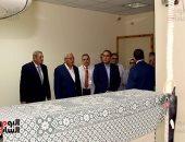 رئيس الوزراء يتفقد المستشفى الدولى بالمنصورة ويشيد بتنفيذ مبادرة الرئيس
