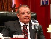 حسن راتب يدير جلسة دور الإعلام فى تحدى أزمة المياه بأسبوع القاهرة الأول للمياه