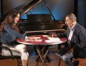 بعد قطيعة سنوات.. زياد الرحبانى يكشف عن أغنيته الجديدة مع  والدته فيروز