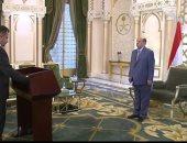رئيس الوزراء اليمنى الجديد يؤدى اليمين الدستورية أمام عبد ربه منصور هادى