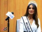 """فيديو وصور.. ملكات جمال مصر للكون على كرسى """"المذيع"""" فى ندوة بـ""""اليوم السابع"""""""