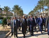 وزير التعليم العالى يتفقد أعمال تطوير منشآت مجمع العلوم الإنسانية بجامعة الإسكندرية
