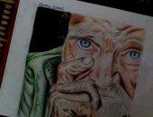 قارئة تشارك بمجموعة بورتريهات فنية بالقلم الجاف والألوان