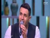 """شاهد.. الفنان محمد نور يغنى هندى والجمهور يطلبه للغناء فى """"نيودلهى"""""""