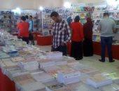 صور.. افتتاح معرض السويس للكتاب بمركز شباب الأربعين