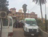 صور.. إجراء الكشف الطبى على 3800 حالة بقرية بكفر الشيخ