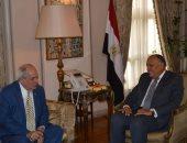 شكرى يبحث مع نائب وزير خارجية اليونان زيادة حجم الاستثمارات بين البلدين
