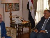 سامح شكرى يستقبل نائب وزير خارجية اليونان ويؤكد على متانة علاقات البلدين