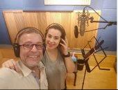 شريف منير وابنته اسما يسجلان تتر  برنامجها الجديد على ON E