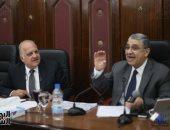 """وزير الكهرباء يعتذر  لتأخرة  6 دقائق عن إجتماع """"طاقة النواب"""""""