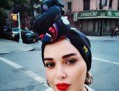 تعرف على السبب وراء ارتداء سيرين عبد النور رابطة رأس فى نيويورك