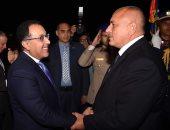 صور.. رئيس الوزراء يستقبل رئيس وزراء بلغاريا بمطار القاهرة