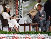 الأمير هارى وزوجته ماركل يسيران على خطى الملكة إليزابيث فى رحلتهما لفيجى
