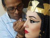 شاهد.. كندة علوش فى أحدث إطلالتها بالزى الفرعونى قبل قدوم مولودها