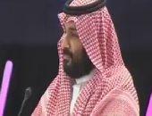 ولى العهد السعودى يقلد رئيس صندوق الاستثمار الروسى وشاح الملك عبدالعزيز