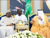 صور.. رئيس السنغال يصل الرياض للمشاركة فى المنتدى العالمى للاستثمارات