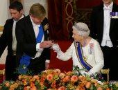 صور.. الملكة إليزابيث تستقبل ملك هولندا وزوجته