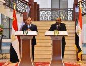 صور.. البشير يعرب عن تطلعه فى تعزيز العلاقات المشتركة بين مصر والسودان