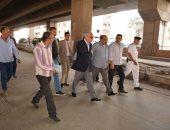 محافظ الجيزة: 9 عيادات طبية متنقلة للكشف على مواطنى أبو غالب بمنشأة القناطر